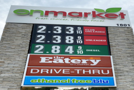 Attract and Keep Customers at Your Travel Center with Effective Sign Design
