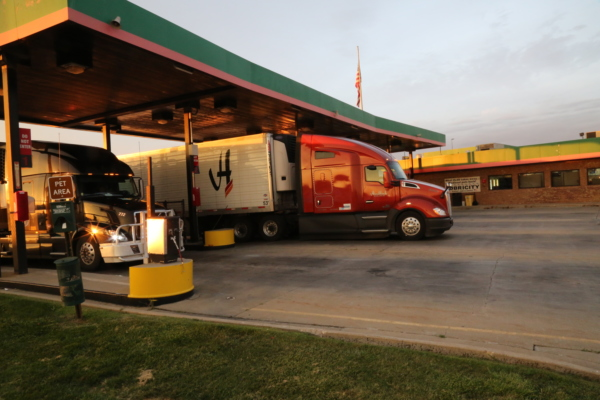 Fuel Performance and Emissions Facts Your Truckstop Customers Care About