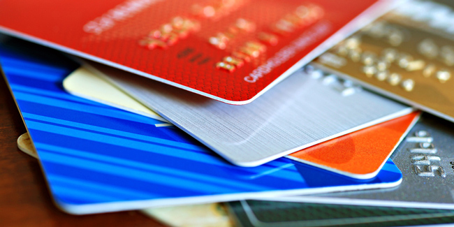 Colorful-stack-of-credit-cardsIA.jpg